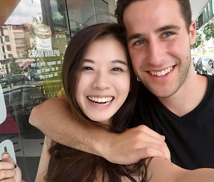 Korean hot girls seek to marry a foreigner and leave theirs country
